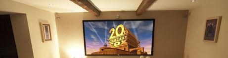 Projektionsleinwand 4K|UHD Cinema